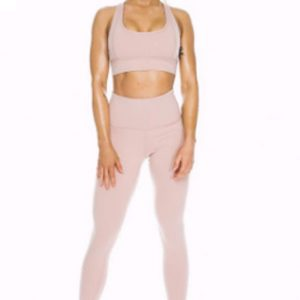 Pastel pink women's compression set