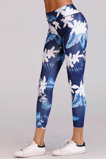 blue floral printed women's capri