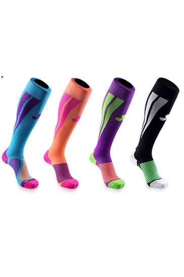 Printed multi-colored appealing socks